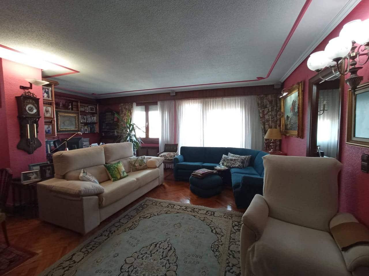 Piso de 4 habitaciones en Bilbao en venta - 440.000 € (Ref: 5737447)