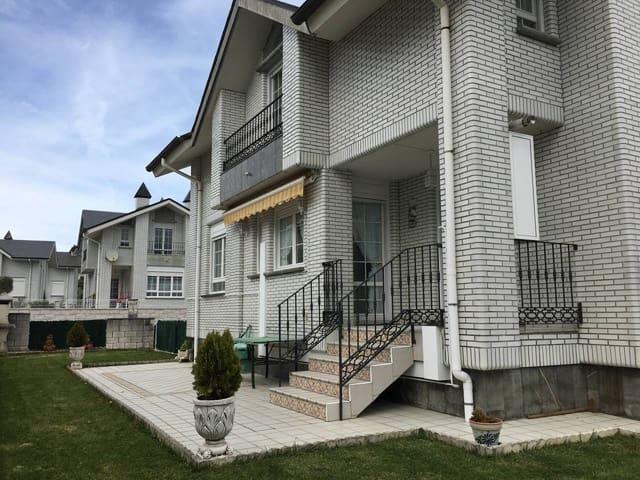 4 Zimmer Doppelhaus zu verkaufen in Arnuero mit Pool Garage - 315.000 € (Ref: 5862865)