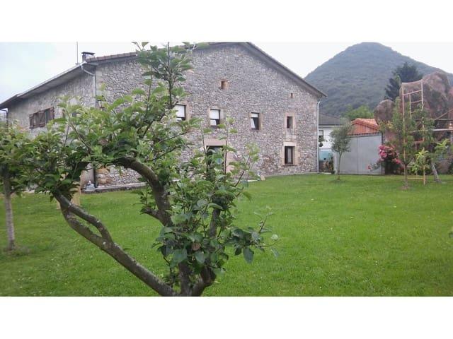 5 sypialnia Dom blizniak na sprzedaż w Liendo z garażem - 355 000 € (Ref: 5872046)