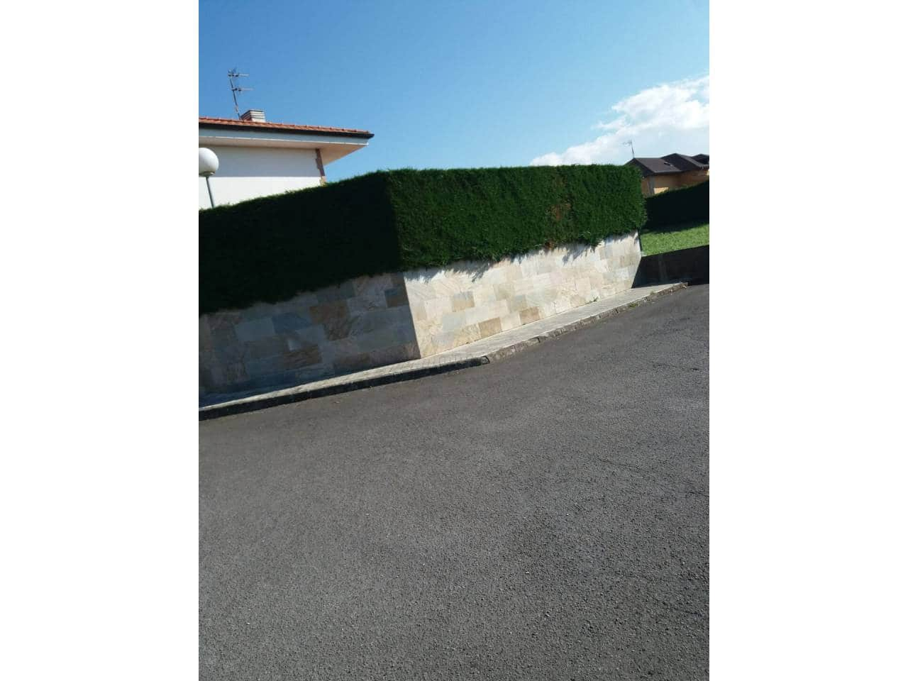 4 bedroom Villa for sale in Polanco with garage - € 295,000 (Ref: 6061146)