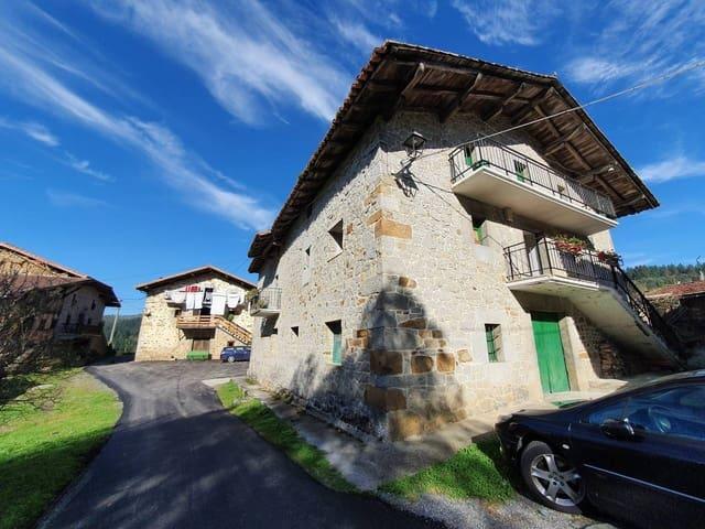 6 soveværelse Byhus til salg i Orozko med garage - € 300.000 (Ref: 907533)