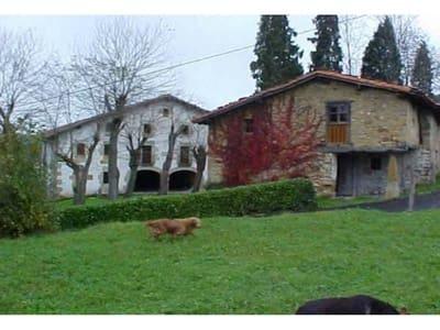 Casa de 8 habitaciones en Elorrio en venta - 1.202.000 € (Ref: 907723)