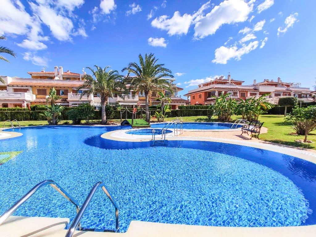 Apartamento de 2 habitaciones en Playa Flamenca en venta con piscina - 157.000 € (Ref: 4962147)