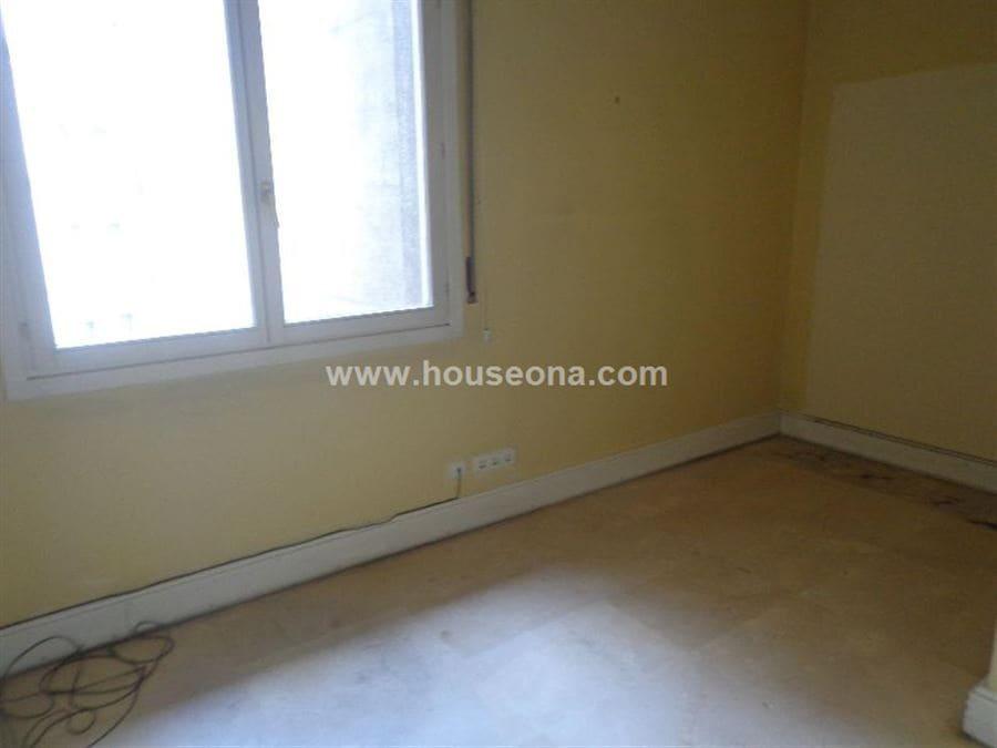 2 slaapkamer Kantoor te huur in Bilbao - € 800 (Ref: 4173650)