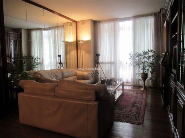 Apartamento de 4 habitaciones en Bilbao en venta - 785.000 € (Ref: 4667363)