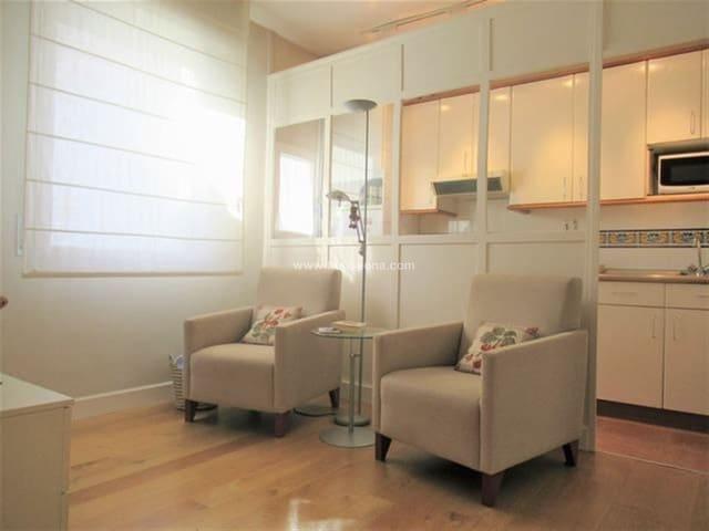 2 bedroom Apartment for sale in Bilbao - € 300,000 (Ref: 4785652)