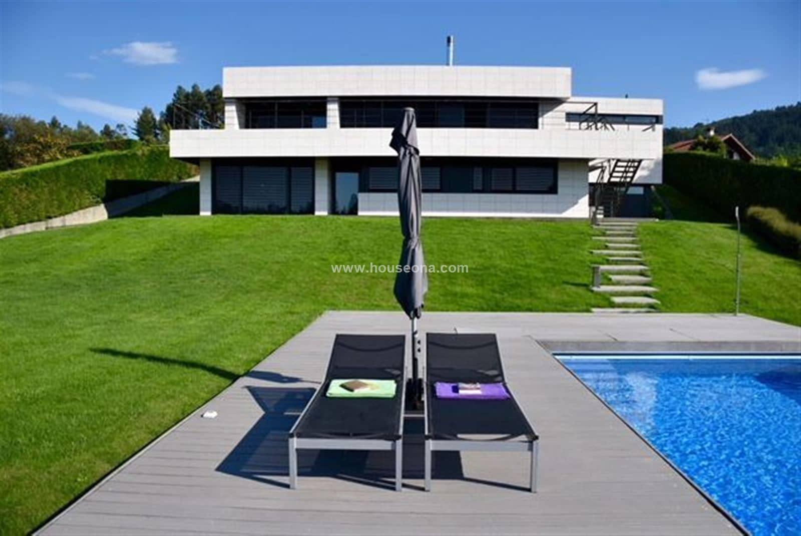 6 sypialnia Willa na sprzedaż w Mungia z basenem - 1 650 000 € (Ref: 5262210)