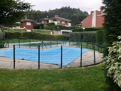 Chalet de 3 habitaciones en Mungia en venta con piscina - 450.000 € (Ref: 5274964)