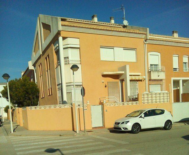 Adosado de 4 habitaciones en Ondara en venta con garaje - 165.000 € (Ref: 3913690)