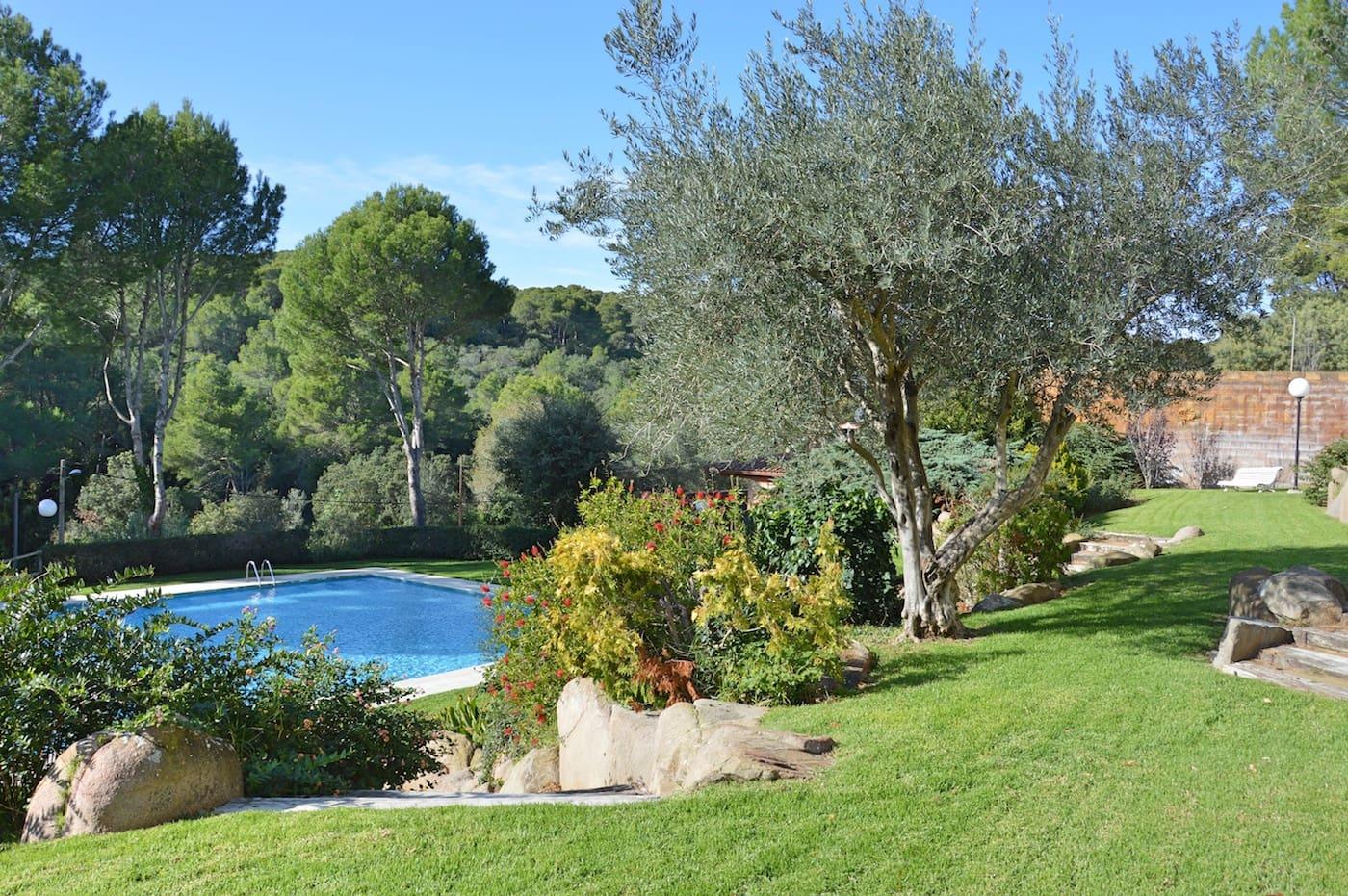 Piso de 2 habitaciones en Palafrugell en venta con piscina garaje - 190.000 € (Ref: 5781282)