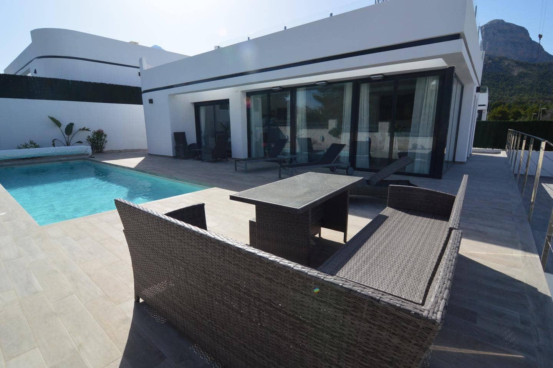 Chalet de 4 habitaciones en Polop en venta con piscina - 345.000 € (Ref: 5086324)