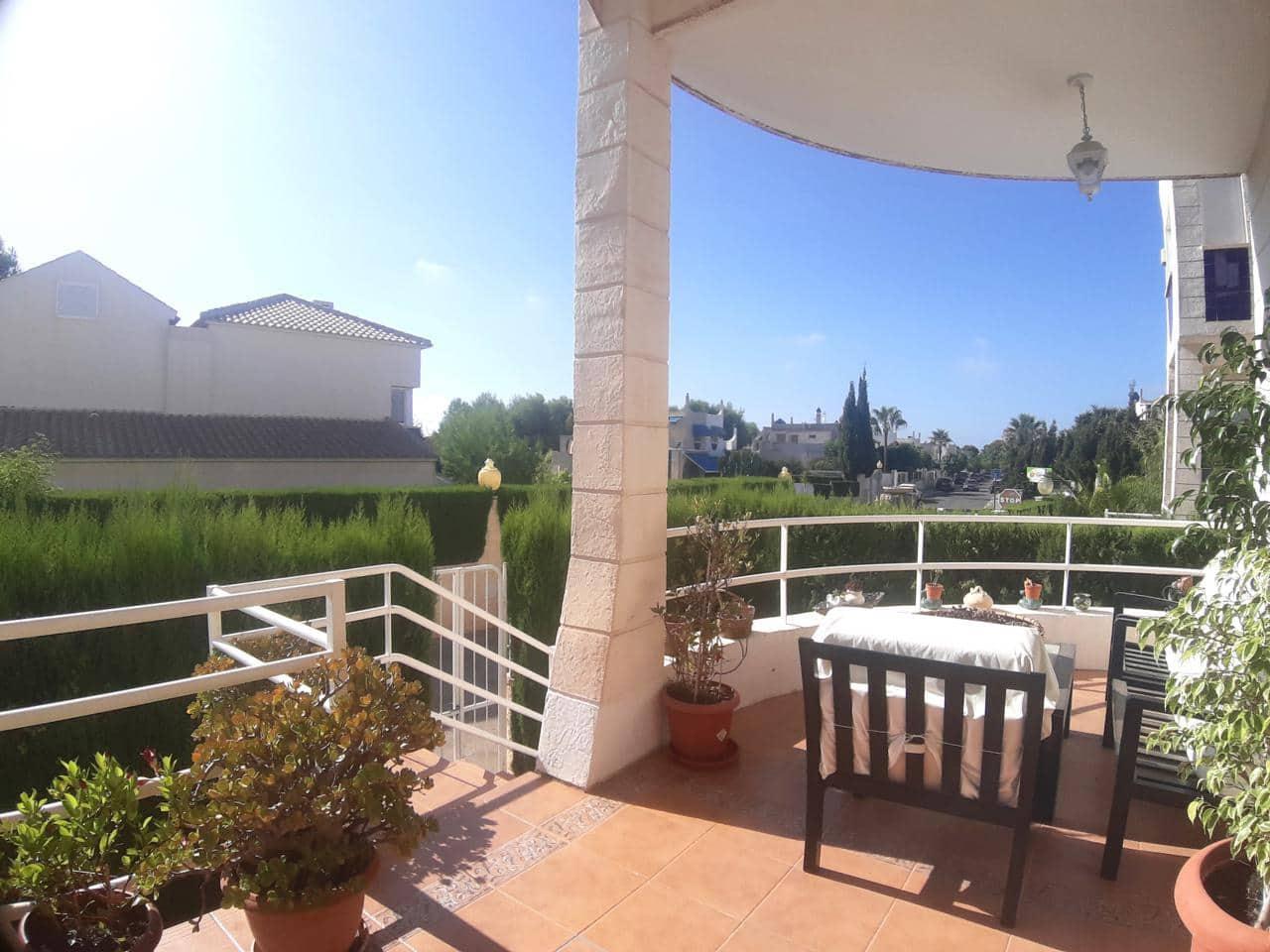 5 bedroom Villa for sale in La Nucia with pool - € 380,000 (Ref: 5499104)