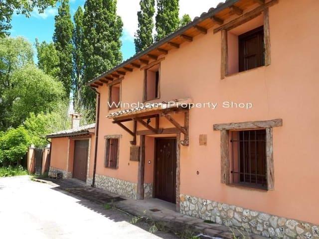 6 sovrum Finca/Hus på landet till salu i Soria stad med pool - 320 000 € (Ref: 4320980)
