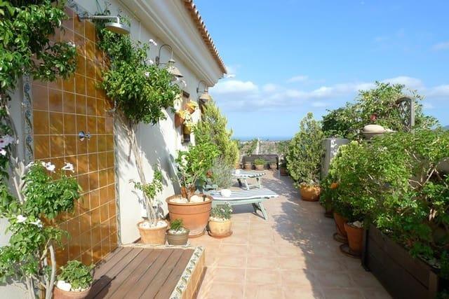 Ático de 4 habitaciones en La Nucia en venta con garaje - 499.000 € (Ref: 5553818)