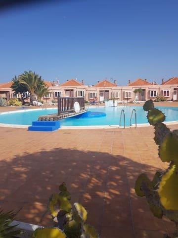Adosado de 3 habitaciones en Nuevo Horizonte en venta con piscina - 168.000 € (Ref: 5244568)