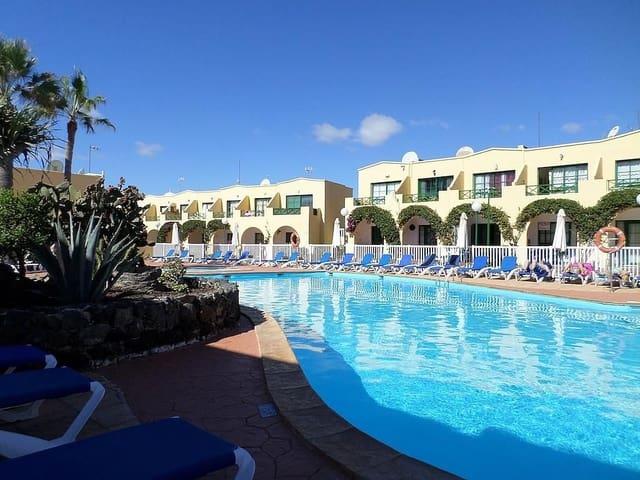 1 sypialnia Dom szeregowy na sprzedaż w Caleta de Fuste z basenem - 115 000 € (Ref: 5512657)