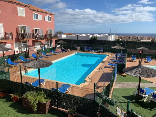 2 soveværelse Byhus til salg i Nuevo Horizonte med swimmingpool - € 80.000 (Ref: 5884562)