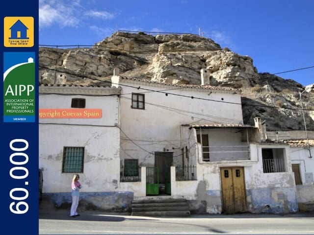 4 camera da letto Casa Grotta in vendita in Galera - 60.000 € (Rif: 3294768)