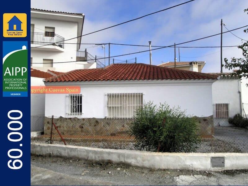 3 soverom Grottehus til salgs i Castillejar - € 60 000 (Ref: 3294769)