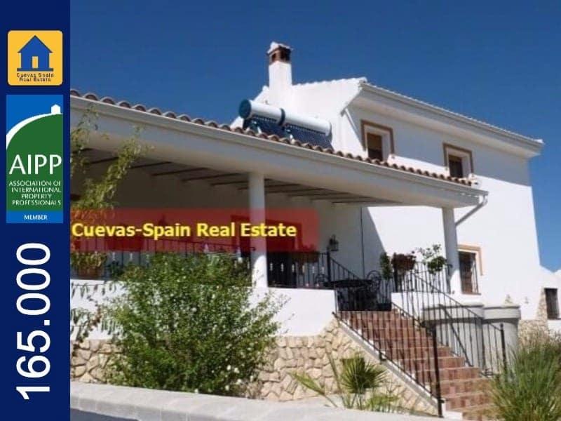 Chalet de 4 habitaciones en Castril en venta - 165.000 € (Ref: 5732434)