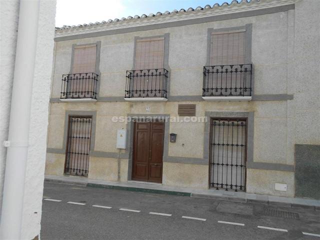 7 soveværelse Byhus til salg i Partaloa - € 86.000 (Ref: 3907156)