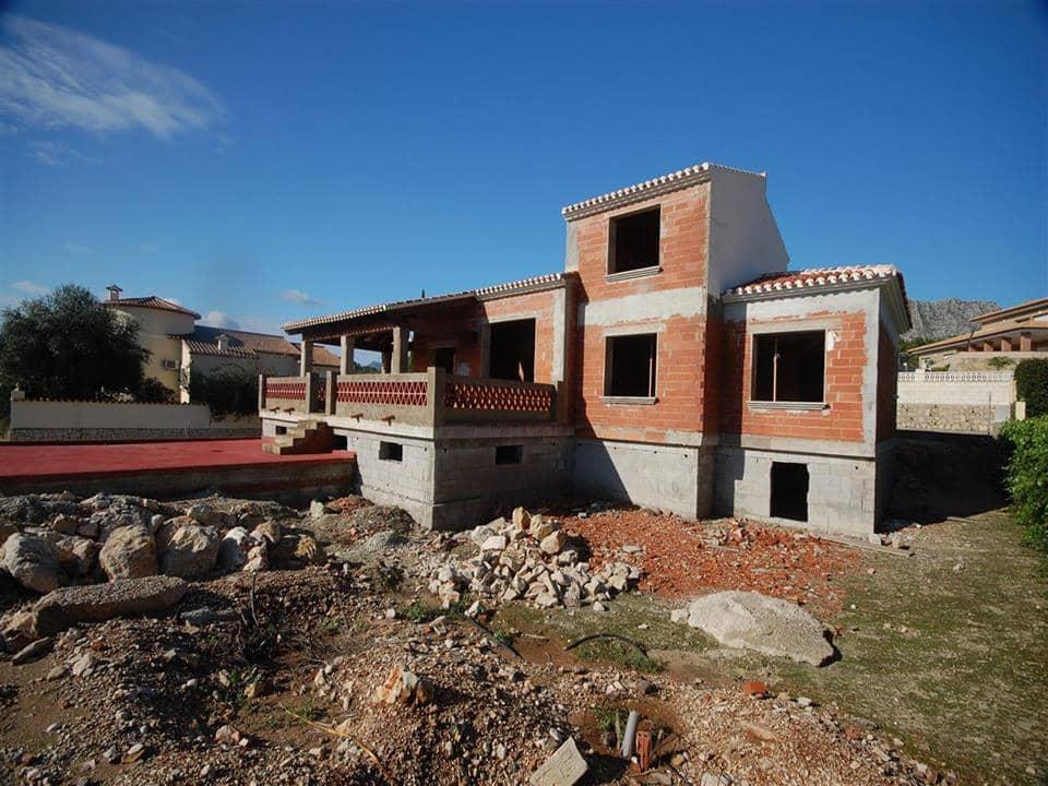 Chalet de 3 habitaciones en Beniarbeig en venta con piscina - 309.000 € (Ref: 2285483)