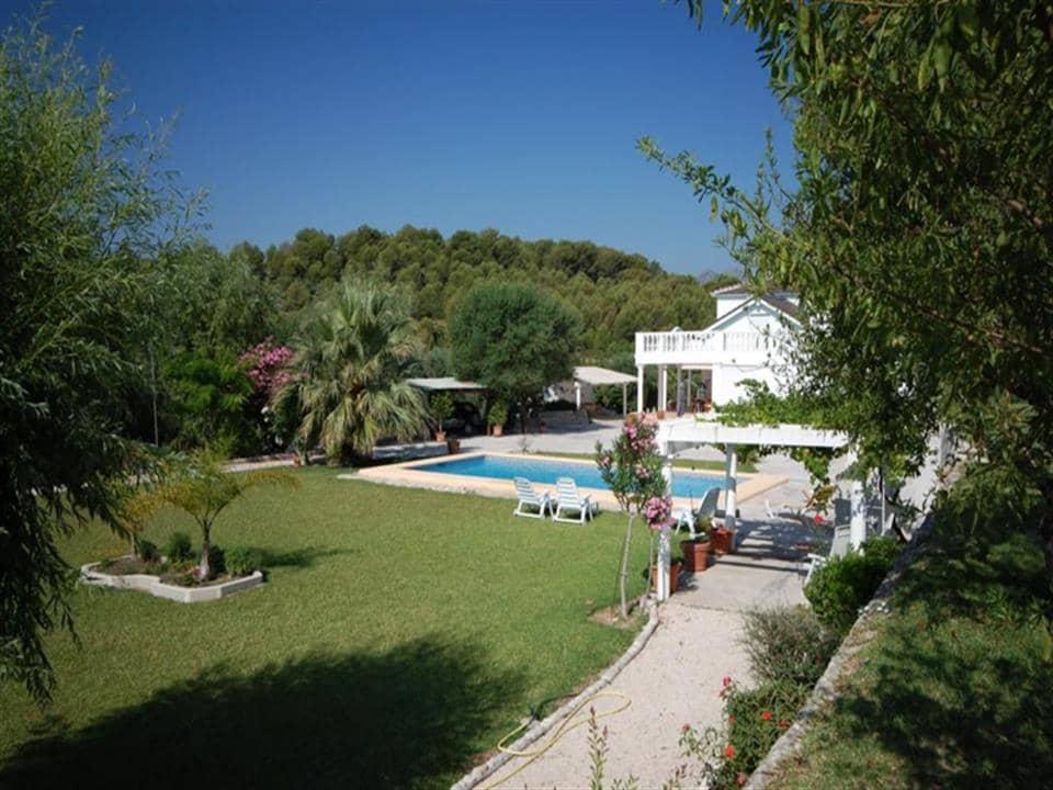Chalet de 4 habitaciones en Beniarbeig en venta con piscina - 554.000 € (Ref: 4149368)