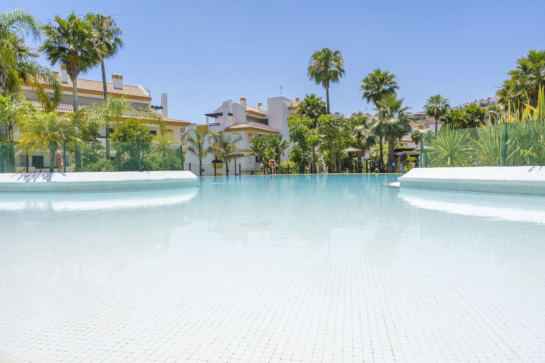 2 Zimmer Apartment zu verkaufen in Mijas mit Pool - 151.000 € (Ref: 4847292)