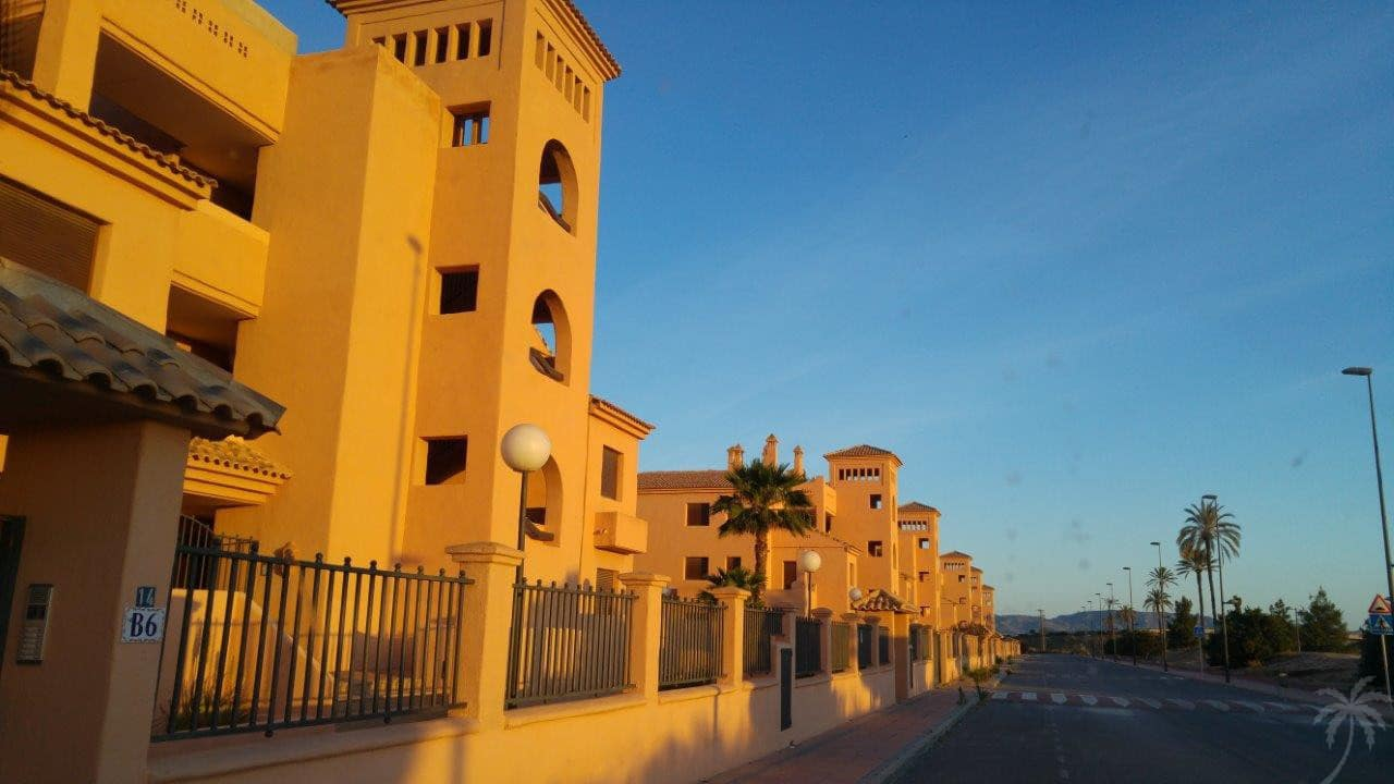 2 bedroom Apartment for sale in Los Alcazares with pool - € 135,000 (Ref: 4847410)