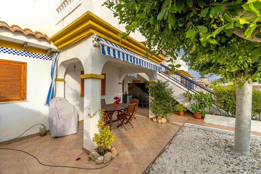 Bungalow de 2 habitaciones en Pilar de la Horadada en venta con piscina - 139.900 € (Ref: 4866383)
