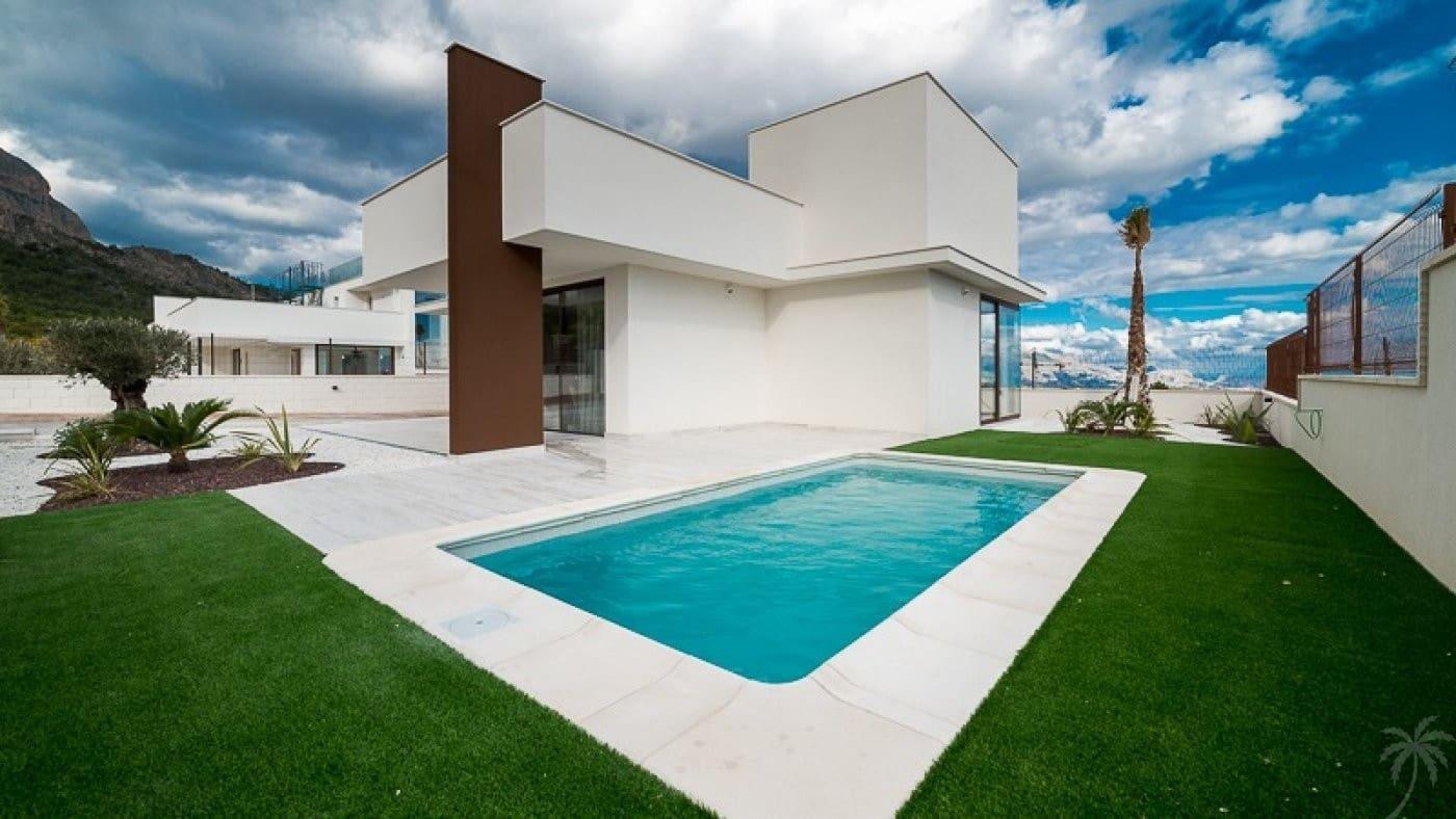Chalet de 3 habitaciones en Polop en venta con piscina - 318.000 € (Ref: 4946722)
