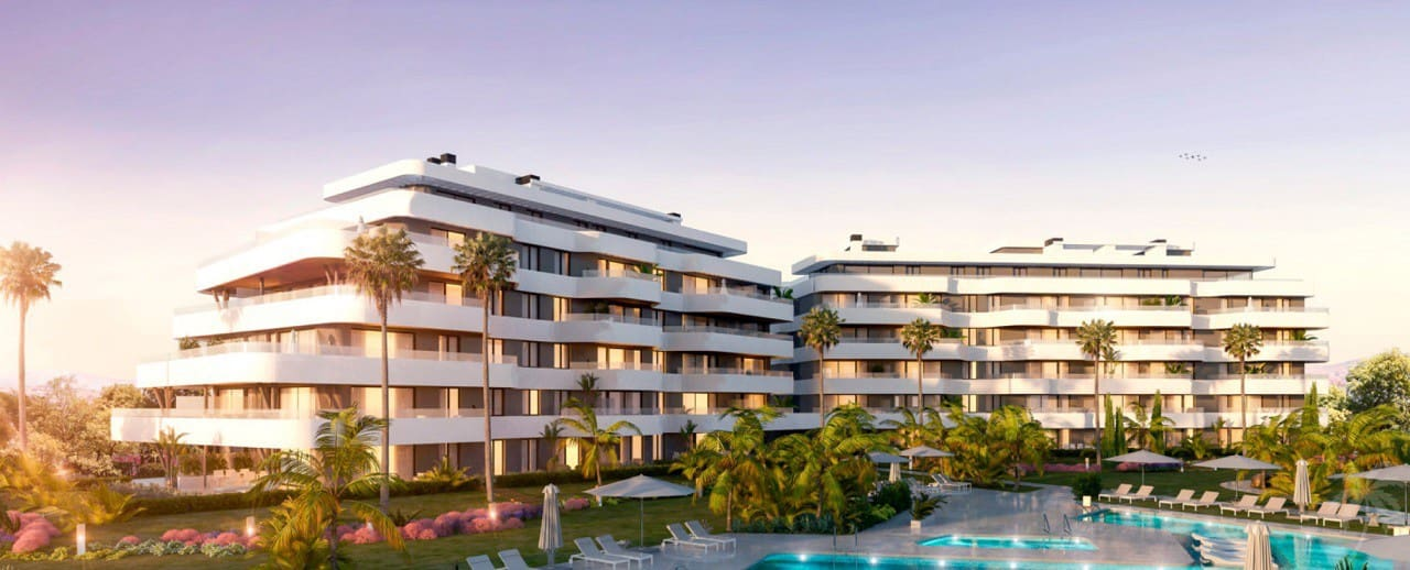 2 bedroom Apartment for sale in Torremolinos with pool - € 297,500 (Ref: 5123919)