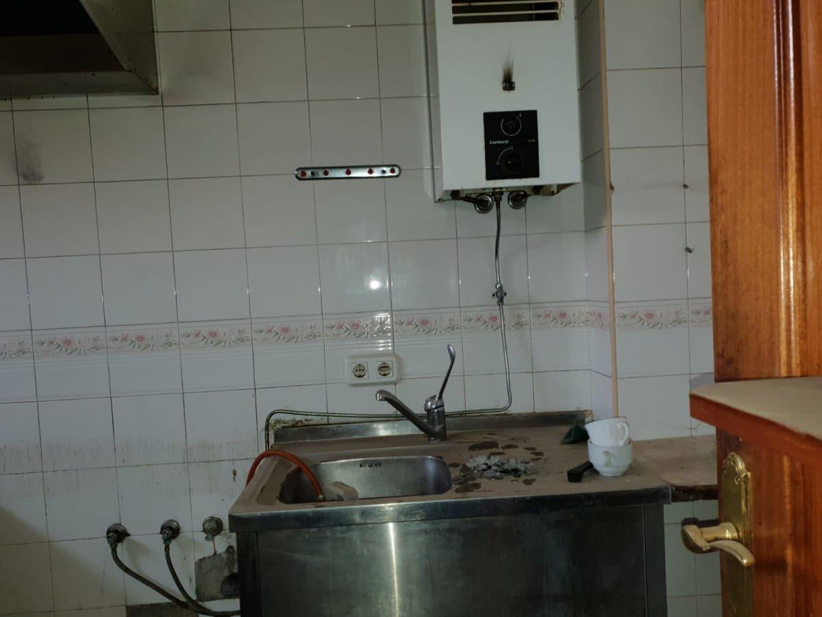 6 bedroom Business for sale in Zamora city - € 55,000 (Ref: 4448429)