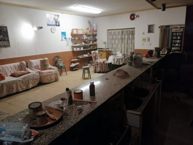 4 Zimmer Villa zu verkaufen in Corrales - 60.000 € (Ref: 4728261)
