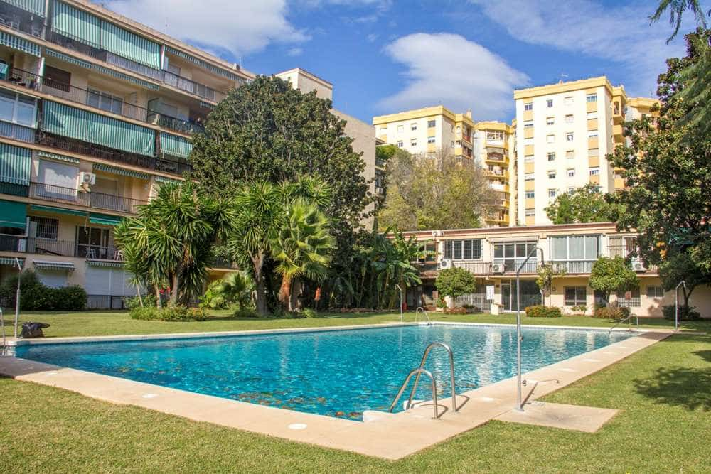 1 bedroom Flat for sale in Marbella with pool - € 210,000 (Ref: 4955680)