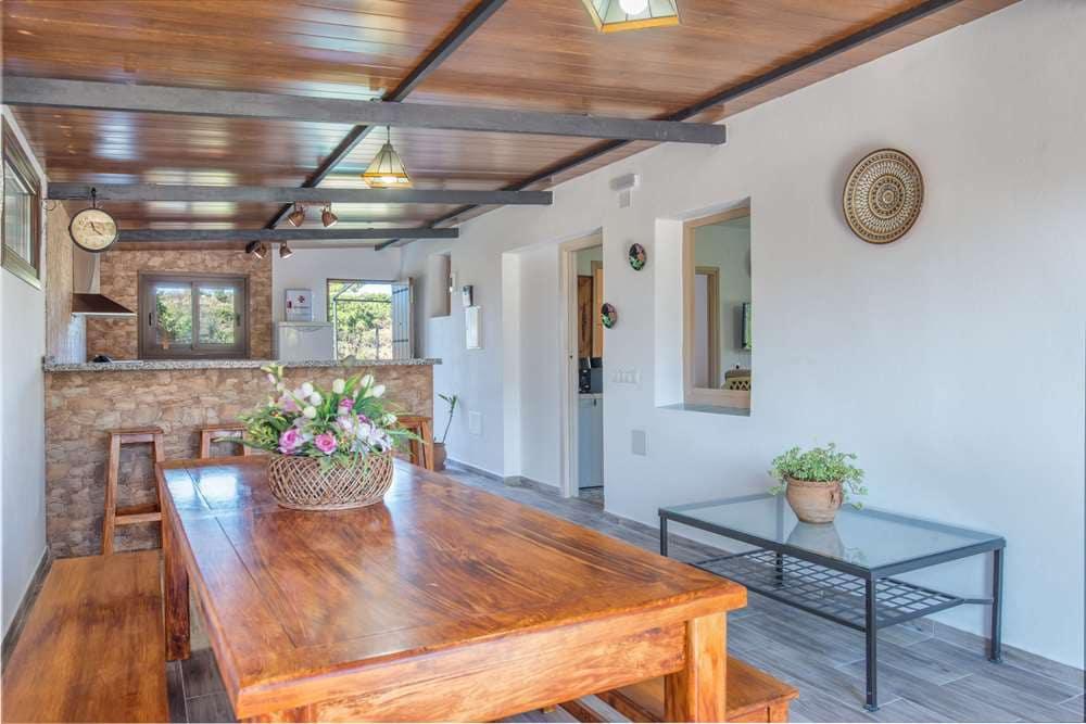 3 slaapkamer Finca/Landhuis te huur in Estepona - € 800 (Ref: 5405861)