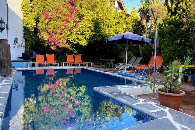Hotell till salu i Juzcar - 450 000 € (Ref: 5419417)