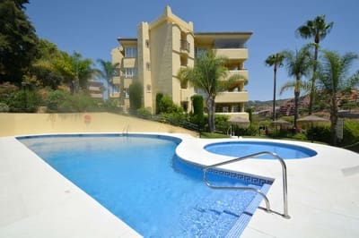 3 bedroom Flat for sale in Las Chapas with pool - € 295,000 (Ref: 5447013)