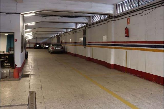 Garage til leje i Sevilla by - € 4.500 (Ref: 6084950)