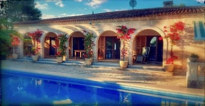 3 bedroom Bungalow for sale in Cala Pi with garage - € 865,000 (Ref: 5002802)