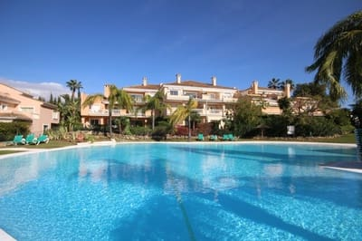 2 bedroom Apartment for sale in Costalita with pool - € 280,000 (Ref: 4680397)