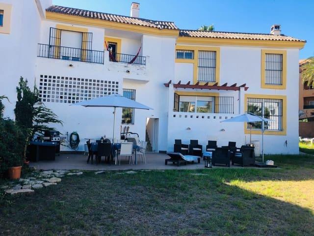 4 soveværelse Semi-Rækkehus til salg i Riviera del Sol med swimmingpool - € 350.000 (Ref: 6390760)