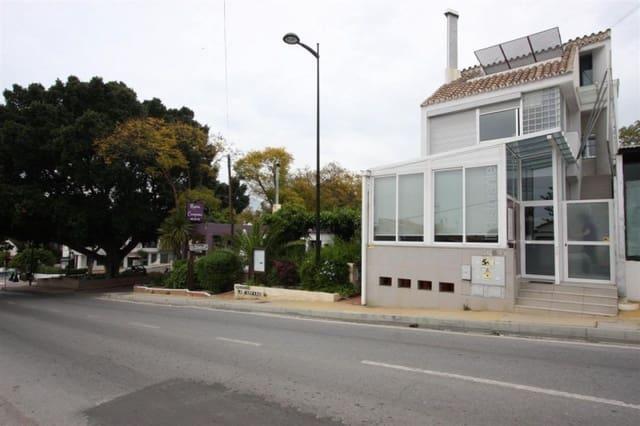 3 bedroom Restaurant/Bar for sale in Nueva Andalucia with garage - € 650,000 (Ref: 4497699)