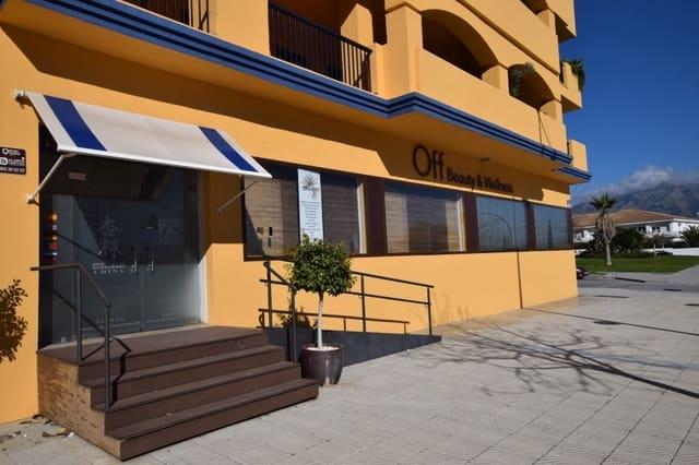 Virksomhed til salg i San Pedro de Alcantara med swimmingpool - € 425.000 (Ref: 4497796)
