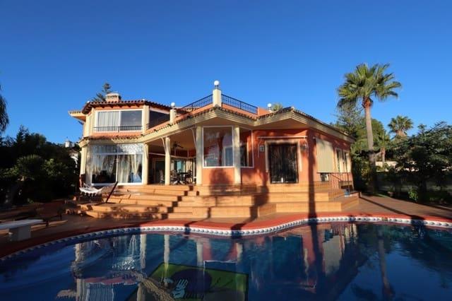 5 sovrum Villa till salu i Carib Playa med pool garage - 1 625 000 € (Ref: 4497843)