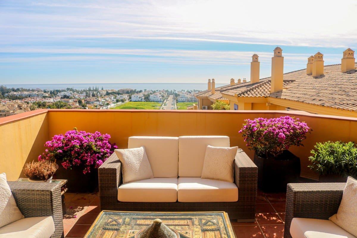 3 sypialnia Penthouse na kwatery wakacyjne w San Pedro de Alcantara z basenem garażem - 1 200 € (Ref: 5354871)