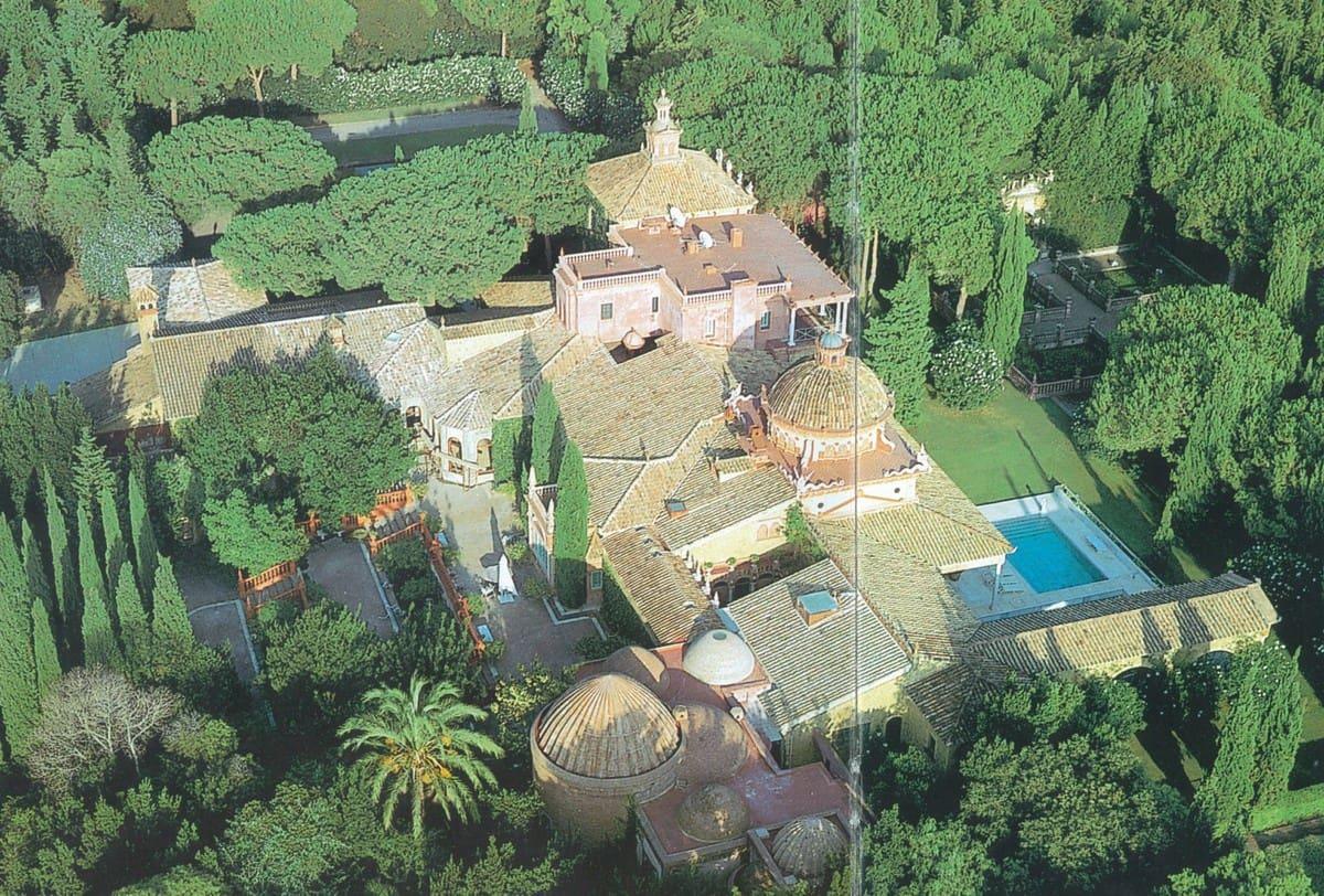 16 chambre Villa/Maison à vendre à Sotogrande avec piscine garage - 14 950 000 € (Ref: 5585591)
