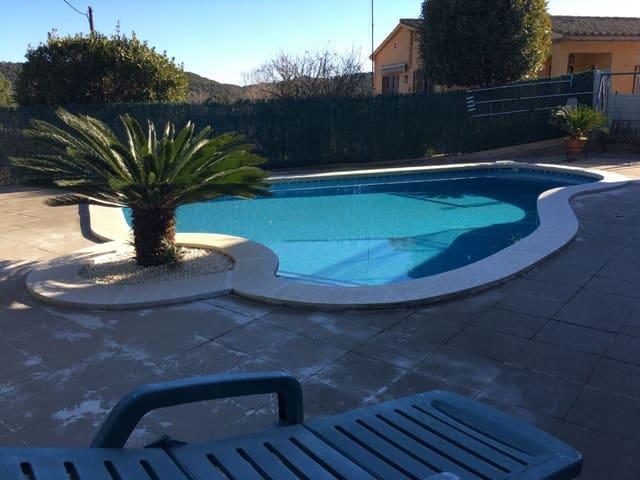4 chambre Villa/Maison à vendre à Llagostera avec piscine garage - 220 000 € (Ref: 5033825)