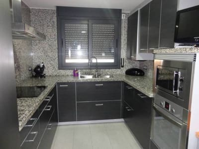4 bedroom Flat for sale in Albesa with garage - € 139,000 (Ref: 4973057)