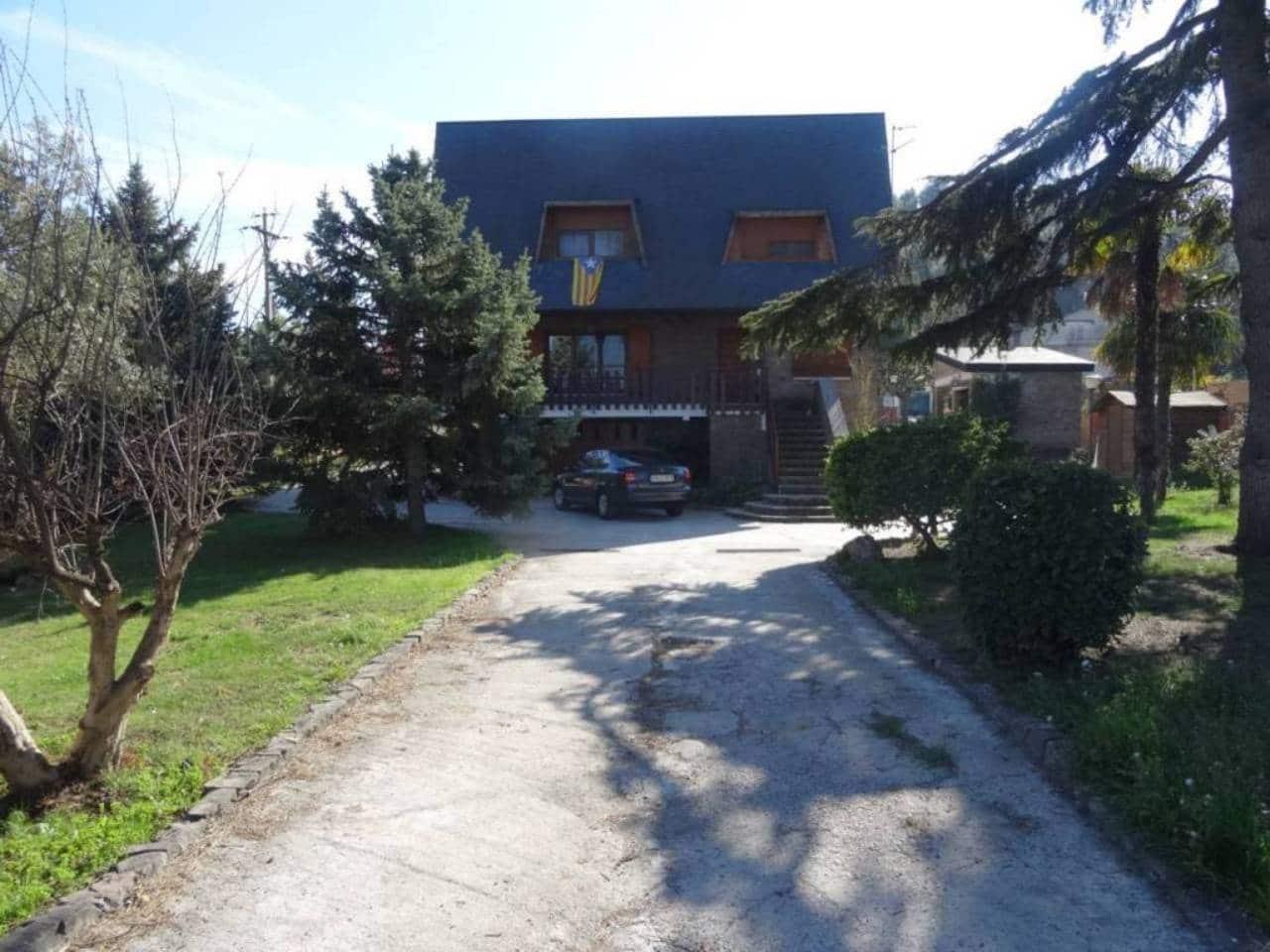 5 bedroom Villa for sale in Alpicat with pool garage - € 480,000 (Ref: 4973176)